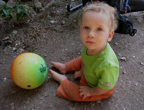 Yeşil Gözlü Çocuk